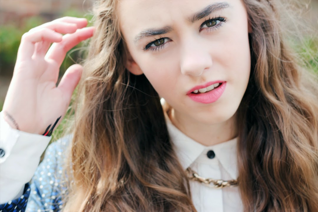 button shirt, navy spotty topshop blazer, brunette hair, pink lipstick, mandeville sisters, bold eyebrows, gold ASOS necklace