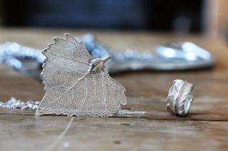 Necklace silver martha jones wooden