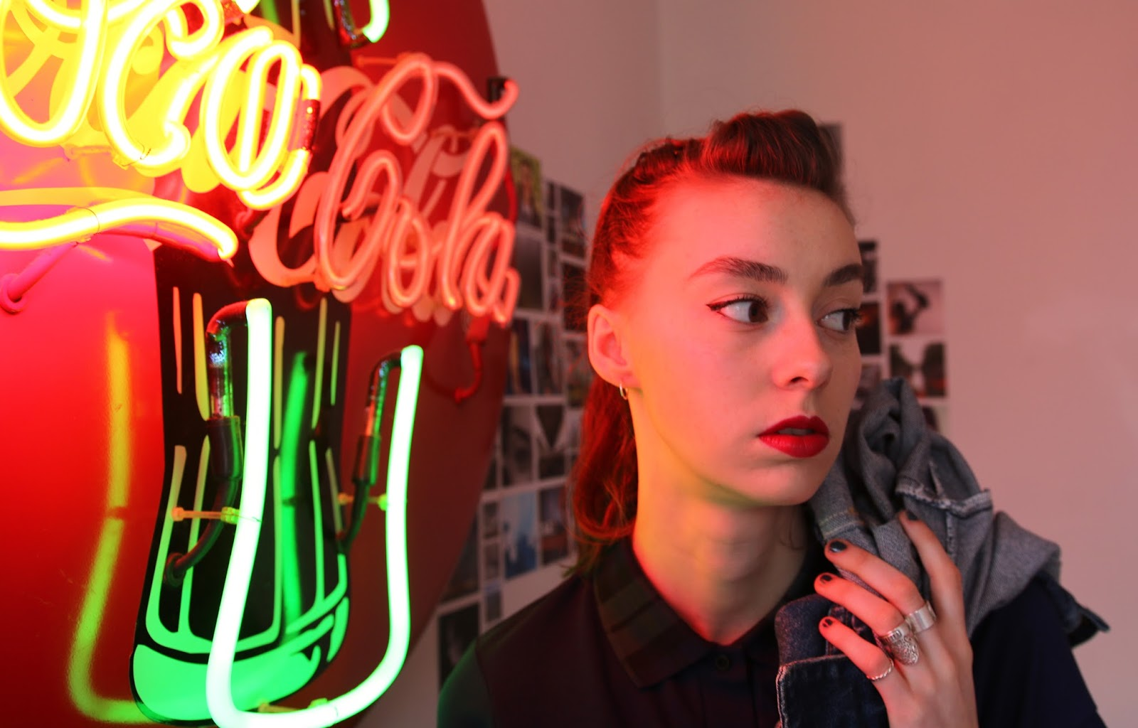 grace, mandeville, sisters, mandeville sisters, fashion bloggers, british, eyeliner, lipstick, retro, neon light, coca cola, coke, retro fashion,