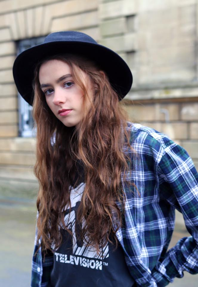 hat, eyebrows, Amelia Mandeville, Mandeville Sisters, punk, punk rock, grunge, hipster, why you should wear a hat