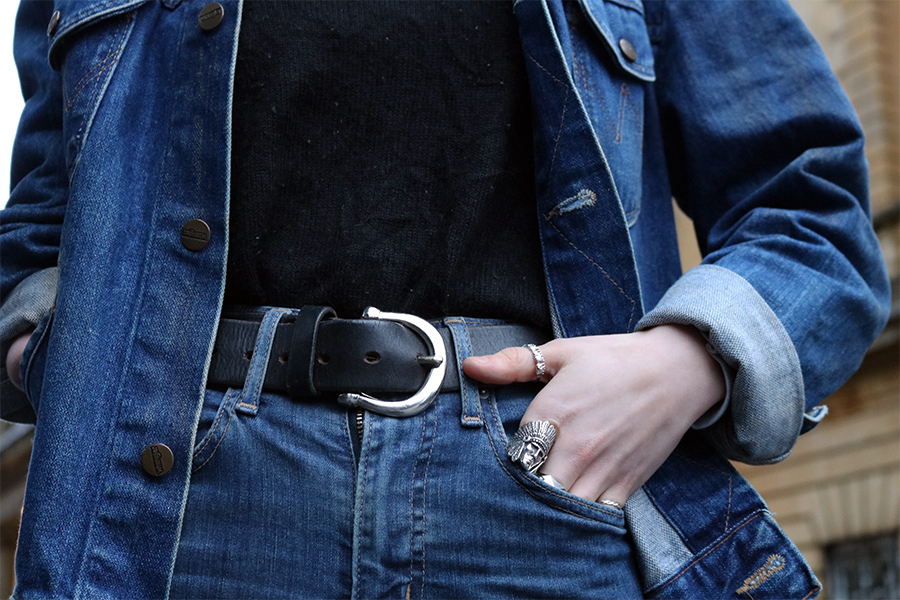 girl wearing double denim, levis jeans, wrangler jacket, dr marten boots, great frog silver ring