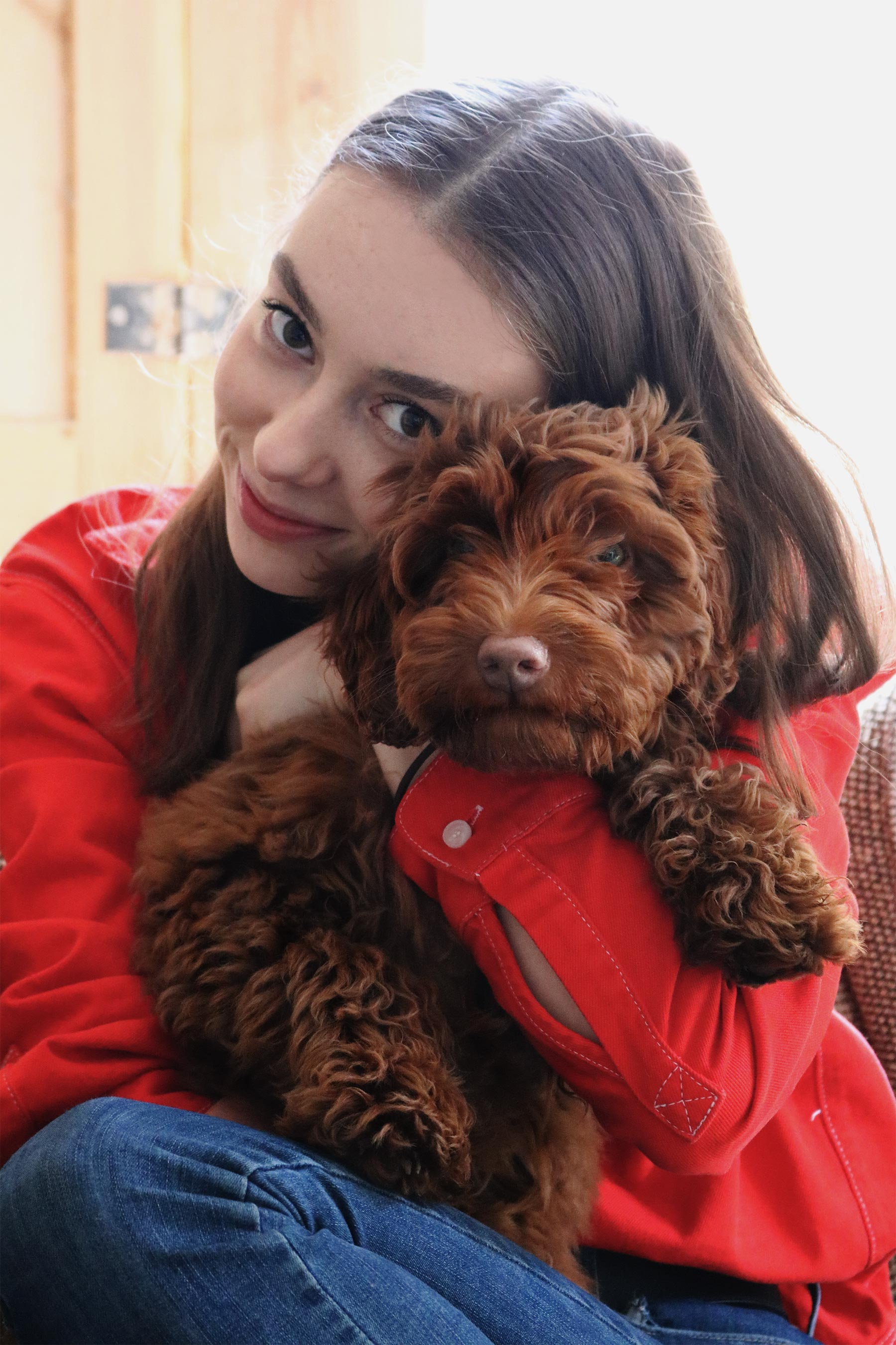 Grace Mandeville, labradoodle, australian labradoodle, red shirt, double denim outfit, gucci belt, blogger,